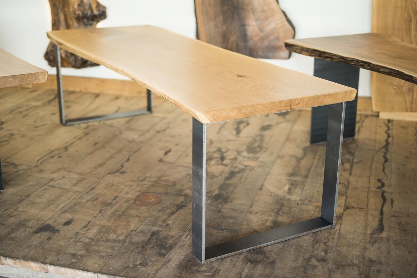 tisch aus einem stamm fabulous cool tisch esstisch asteiche massiv gelt eiche essz with tisch. Black Bedroom Furniture Sets. Home Design Ideas